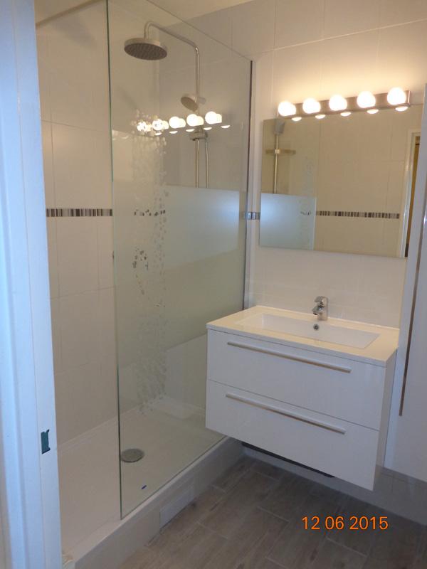 Cr ation et installation de salle de bain val d 39 oise 95 - Salle d eau 4m2 ...
